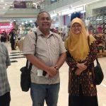 Dalam tiap kesempatan, anggota Komisi D DPRD Surabaya Reni Astuti, S.Si selalu aktif berkomunikasi dengan unsur eksekutif. Saat HUT Dekranasda di Grand City Mall, Reni bertemu Sekkota Hendro Gunawan, Asisten III Sekkota Hidayat Syah, Asisten II Sekkota M Taswin.