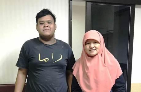 Yanuar bersama dengan Reni Astuti