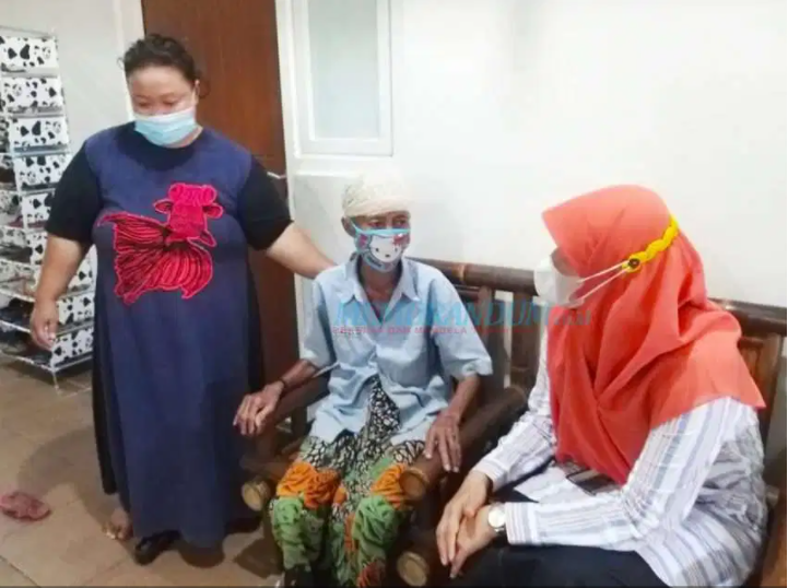 Vaksinasi Penghuni Rusun, Pemkot Surabaya Diminta Kedepankan Edukasi Alih-alih Ancaman Pengusiran